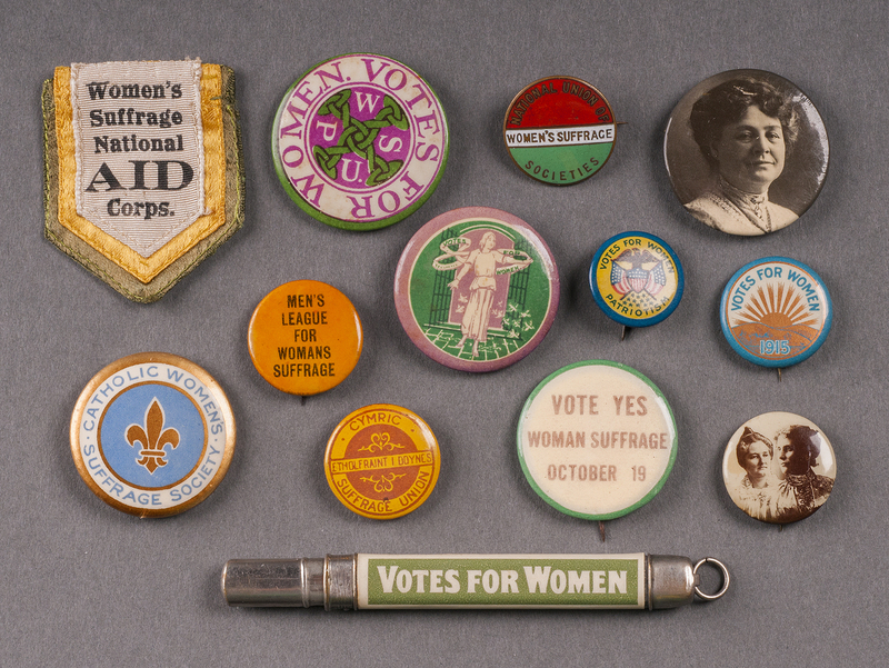 http://collections-01.oit.duke.edu/digitalcollections/exhibits/baskin/1900s/1900s_womans_DSC2393_13pins.jpg