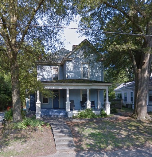 814 Clarendon Street from Google Maps.