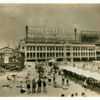 Central Pier facing west. [Squibb&#039;s and Konjola spectaculars], July 2, 1929.<br /> Maxwell No. 2685<br /> ROAD No. XXX1780<br />