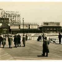Garden Pier. [Jantzen spectacular], May 13, 1934.<br /> Maxwell No. 3185<br /> ROAD No. XXX2375