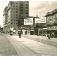 Boardwalk. [&quot;Maxwell Did It&quot; double billboard], October 4, 1936.<br /> Maxwell No. 4198c<br /> ROAD No. XXX3354