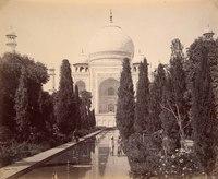 Agra; The Taj, from the Fountain<br />