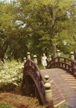 Doris Duke walking in the gardens, circa 1960s